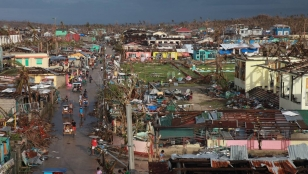 Ville de Guiuan aux Philippines après le passage du typhon Haiyan en 2013 - photo d'archive Handicap International